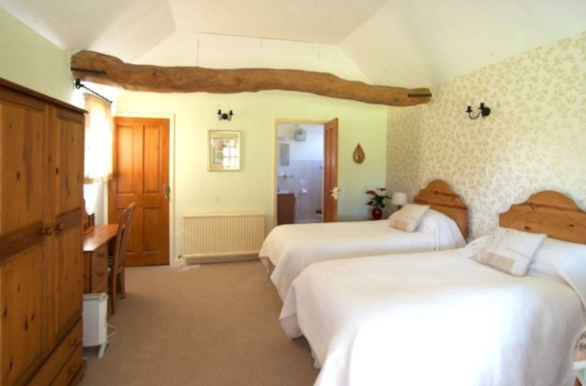 bed and breakfast B&B four star farmhouse in Ipswich and Suffolk